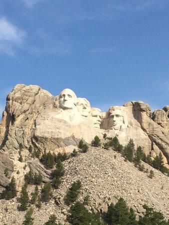 Mount Rushmore National Memorial: Inside the park