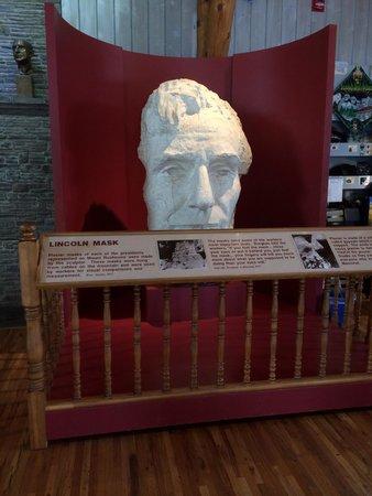 Mount Rushmore National Memorial: Sculpting mask