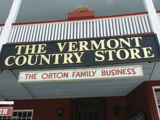 Vermont Country Store: Welcome Sign