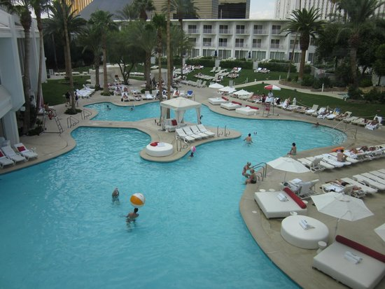 Tropicana Las Vegas - A DoubleTree by Hilton Hotel : Pool