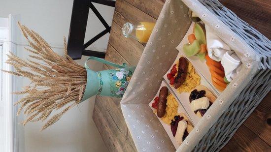 Benvenuto Bed & Breakfast: Scrumptious breakfast delivered to your door