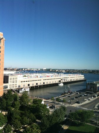 Renaissance Boston Waterfront Hotel : View from room window (on the 11th floor)