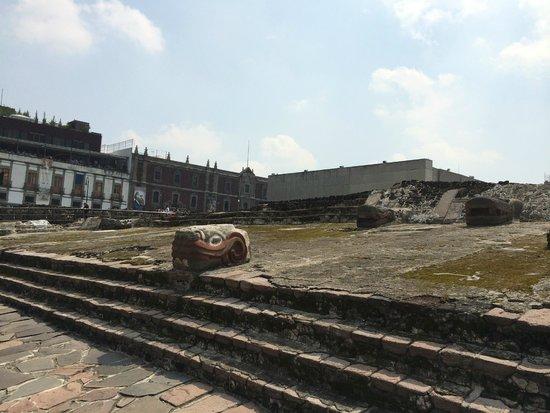 Museo del Templo Mayor: Outside