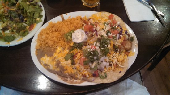 Roberto's Mexican Cafe : Fish Taco Plate