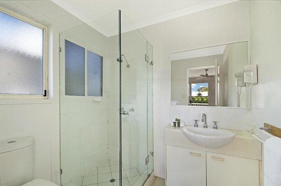 Portside Noosa Waters Resort: Townhouse En-suite Bathroom