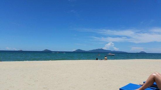 A nice sunny day on Cua Dai beach