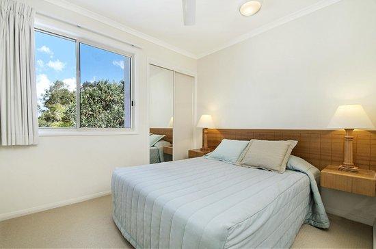 Portside Noosa Waters Resort: 2 Bedroom Townhouse Second Bedroom