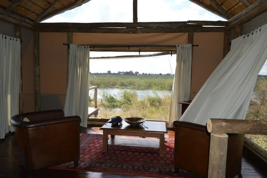 Lagoon Camp - Kwando Safaris: Is this a tent? Wow!