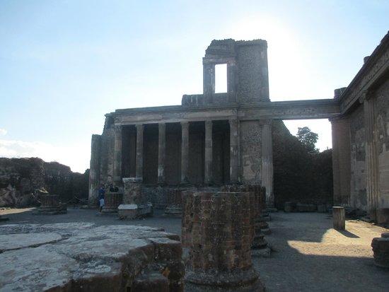 Scavi di Pompei: Basilica, oldest & most important public building in the city