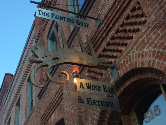 The Fainting Goat: Sign