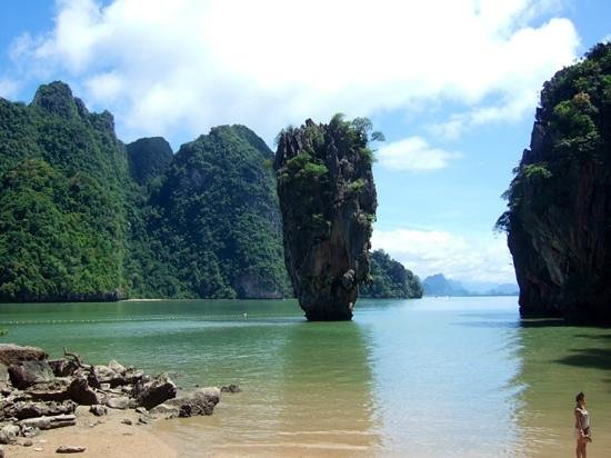 Two Sea Tour : James Bond Island