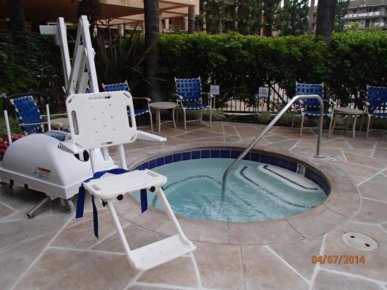 Fairfield Inn Anaheim Resort: Spa pool