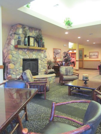 BEST WESTERN Sheridan Center: Lobby Area