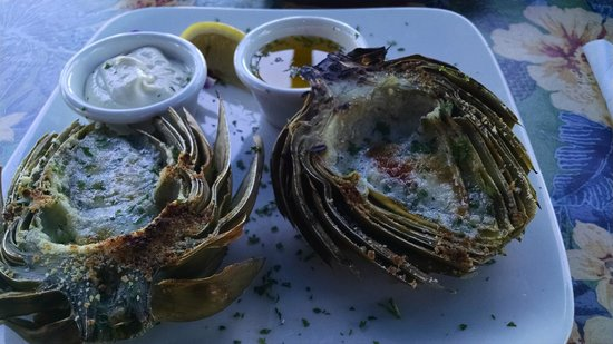 Wind & Sea Restaurant: Flame broiled artichoke--super!