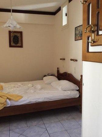 Kastro Apartments: double room