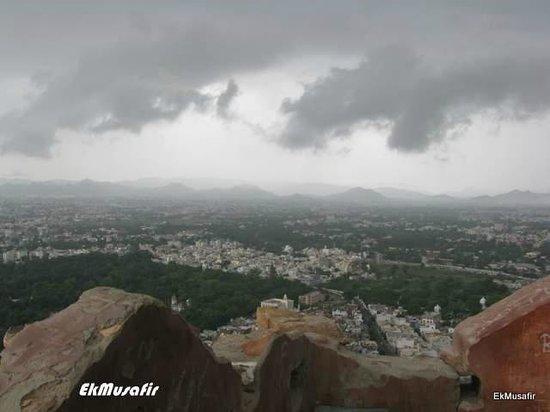 Mansapurna Karni Mata Ropeway : Rain clouds gathering