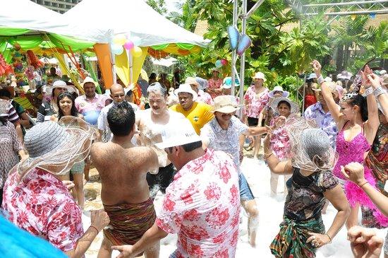 Centara Grand Mirage Beach Resort Pattaya: Outdoor party
