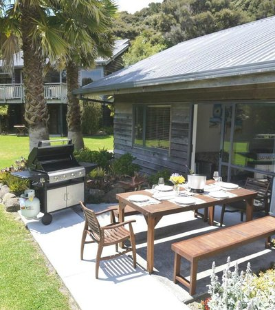 Bay of Islands Holiday Apartments and Campervan Park Ltd: Holiday Apartments - 5 with BBQ