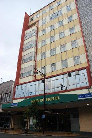 Kelvin Hotel: HOTEL building