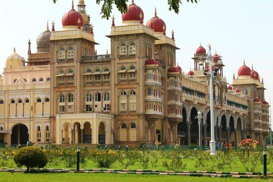 Mysore Maharajah's Palace (Amba Vilas): mysore palace