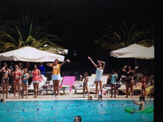 Club Med Opio Provence : Crazy sins au bord de la piscine