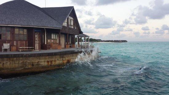 Olhuveli Beach & Spa Maldives : .