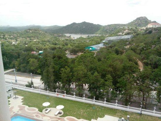 Ramoji Film City Hotel Sitara: View from pool-facing room