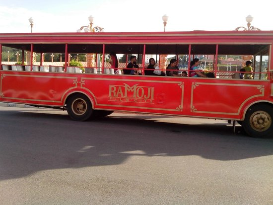 Ramoji Film City Hotel Sitara: Bus that takes visitors around the grounds