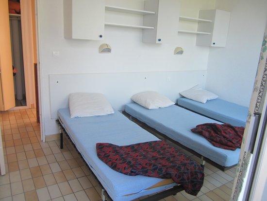 Lagrange Confort+ Residence Village Club de Camargue : chambres des 3 p duplex à l étage