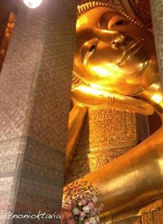 Wat Pho (Tempel des liegenden Buddha): Reclining budha di Wat Pho