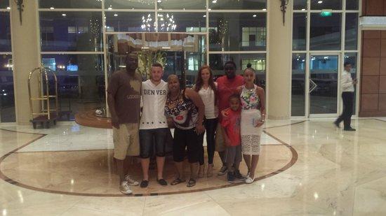 Sheraton Jumeirah Beach Resort: All New Friends...UK/St. Loius/Virginia