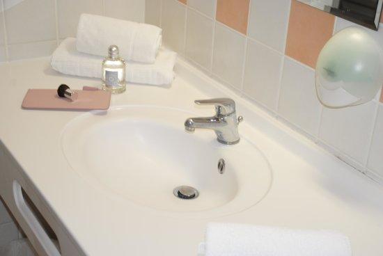 Inter-hotel Grand Hotel de la Gare: Salle de bain