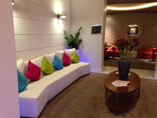 Hotel Indigo Barcelona - Plaza Catalunya: Lobby