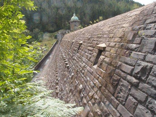 Elan Valley: dam