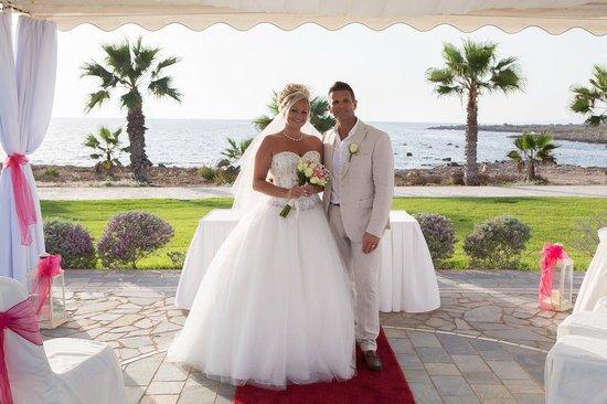Kefalos Beach Tourist Village: Mr and Mrs!