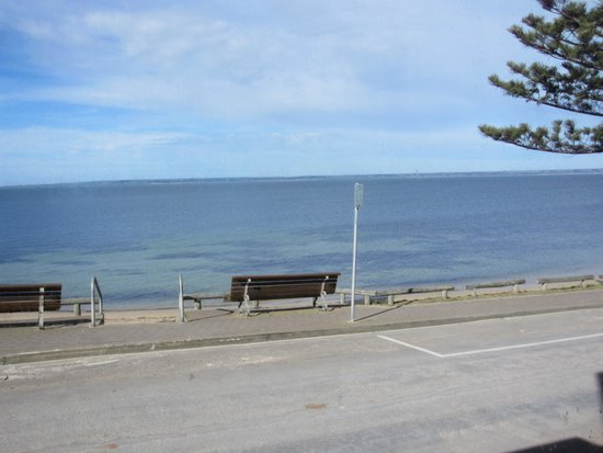 Aurora Ozone: View of the seaside from the restaurant