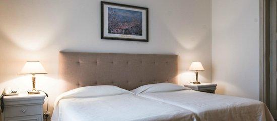 Porto Naxos Hotel : Guest Room Interior