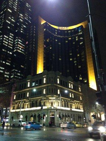 Grand Hyatt Melbourne: View from outside