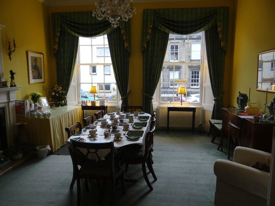 Garlands Guest House : Dining Room