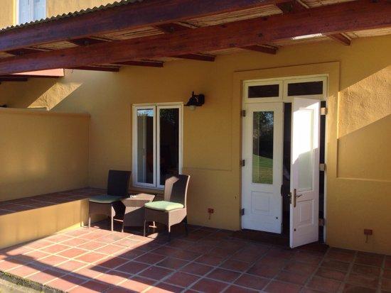 Spier Hotel: Riverside room from the outside.