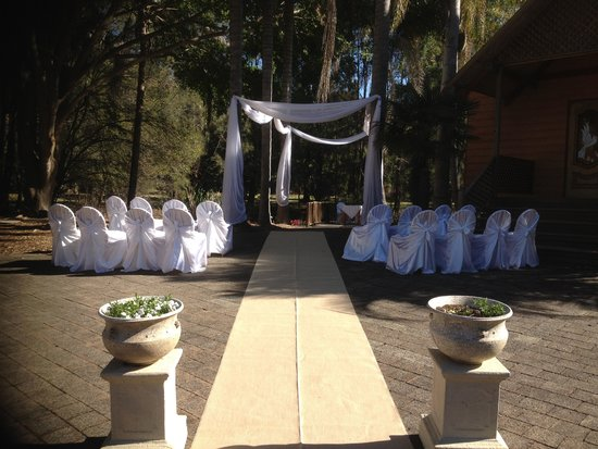 Pasfields Restaurant, Bar & Deck: One of many outdoor ceremony set ups