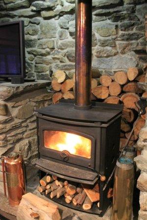 Waiorau Homestead: the very welcome fire