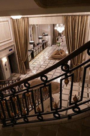 Hotel Maria Cristina, a Luxury Collection Hotel, San Sebastian: ホテルロビー。