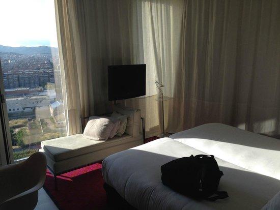 Meliã Barcelona Sky: Room 1610