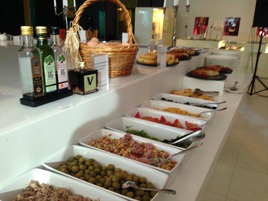 Meliã Barcelona Sky: Breakfast Buffet