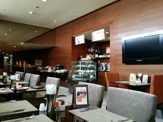 On8 Sukhumvit Nana By Compass Hospitality: The breakfast area