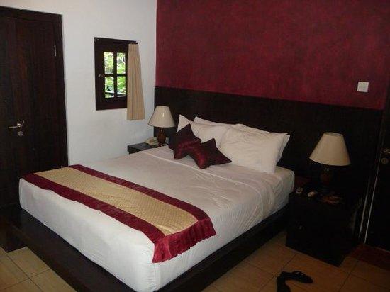 Puri Sading Hotel: Deluxe Room
