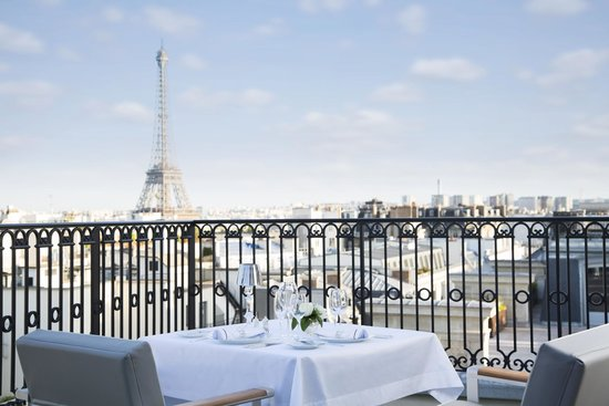 L'Oiseau Blanc Restaurant