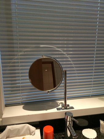 Skt. Petri: 2 of these in bathroom- no other mirrors in bathroom!