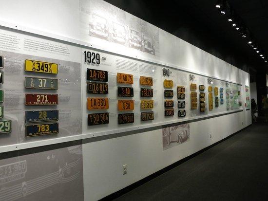 Petersen Automotive Museum : Upstairs